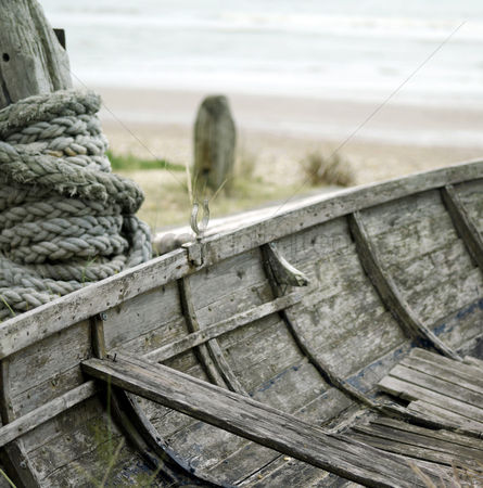 Rope : Worn out fishing boat