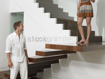 Steps : Young couple on stairs